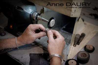 Photo bijoutier n°138 à Hyères par Anne